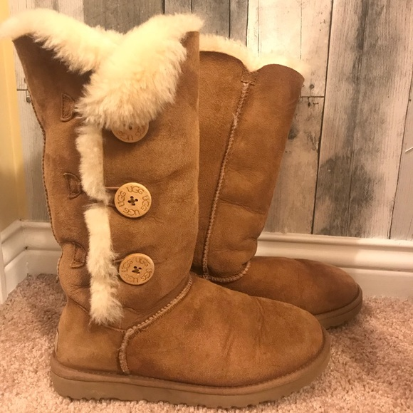 e2c316995ce UGG Bailey Button Triplet II boots